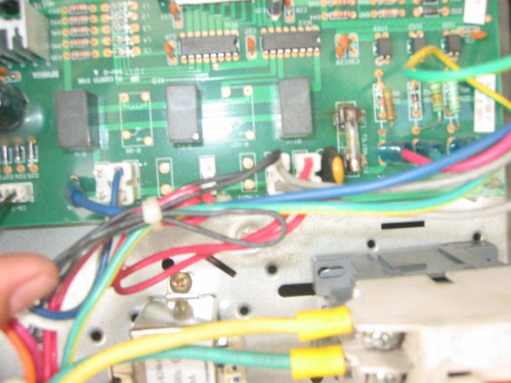 Sửa bo mạch máy lạnh