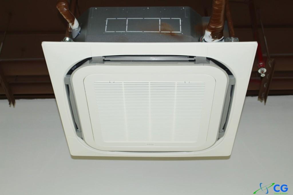 Hình Lắp Đặt Máy Lạnh âm trần cho Văn Phòng